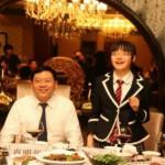 chengdu-high-school-hosts-top-student-dinner-with-principal-04-560x372